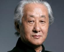 Arata Isozaki: el arquitecto que conecta oriente y occidente