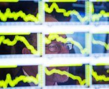 Demanda mundial de petróleo cae a niveles de 2013