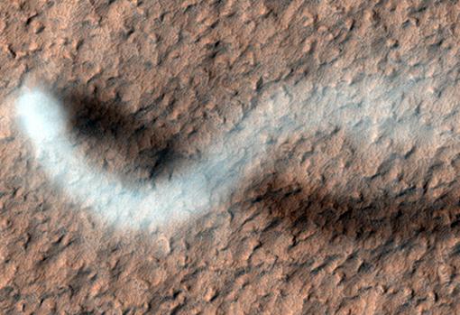 Diablo de polvo: el fenómeno captado por el Curiosity en Marte
