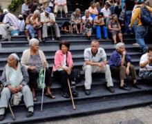 La tragedia de envejecer en Venezuela: pensiones de hambre
