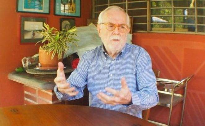 Oscar Olinto Camacho - Miembro de la Academia