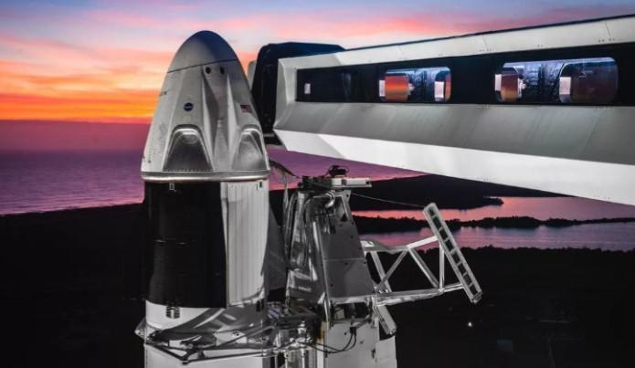 SpaceX: Histórico vuelo de la nave espacial Crew Dragon