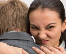 Los 4 tipos de reuniones a los que NO debes